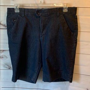 16 medium Bermuda jean shorts lee brand